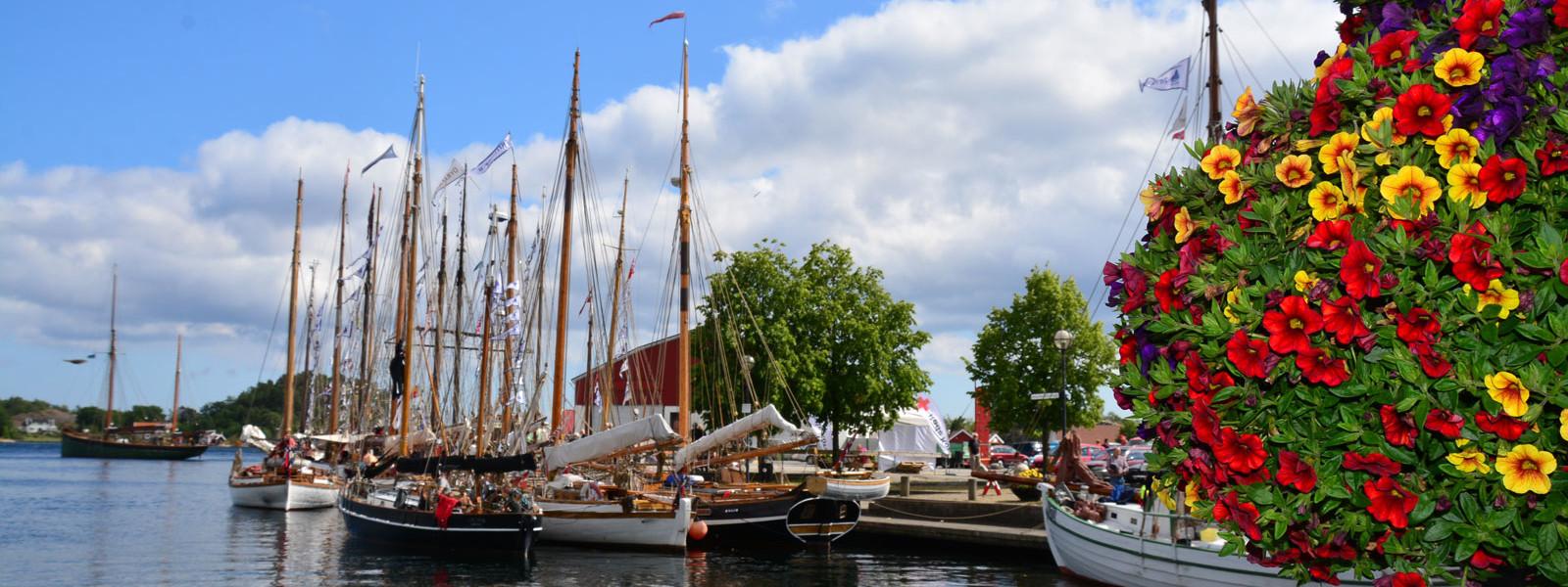 Grimstad Havn Seilskuter